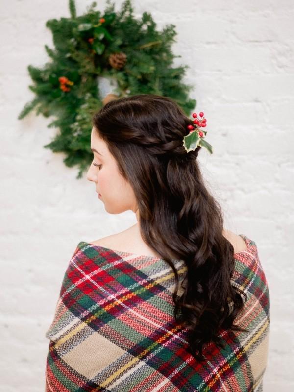 schöne frisuren pflanzliches accessoire