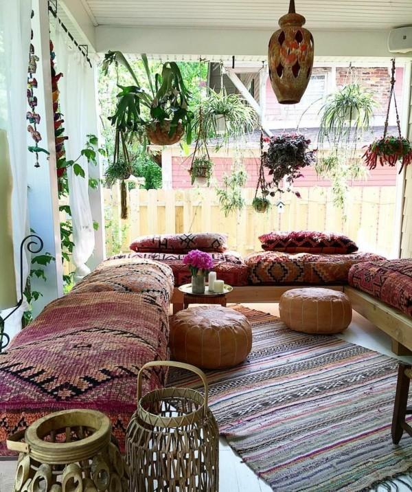 terrasse orientalisch einrichten dekokissen sofa