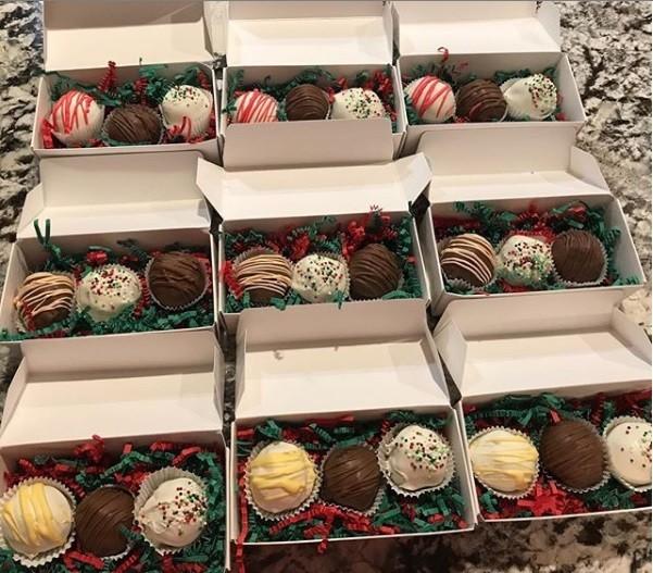 weihnachtsgeschenke basteln boxen mit pralinen