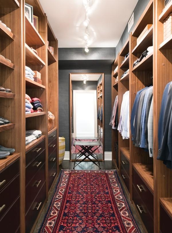 Begehbarer Kleiderschrank typisch männlich beste Ordnung