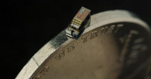 Der kleinste Computer der Welt kleiner als eine münze