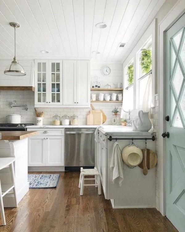 Landhausküche natürlichen Look pure Gemütlichkeit Familientreffpunkt