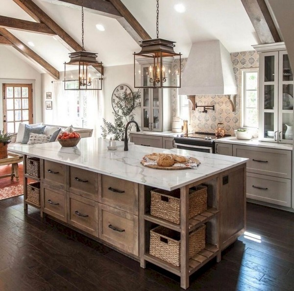 Landhausküche stilvoll gestaltet elegante Kücheninsel
