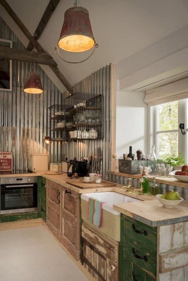 Landhausküche urig gemütlich funktional und trendy