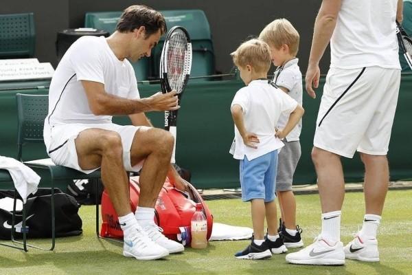 Roger Federer begeisterter Tennisprofi und Familienmensch