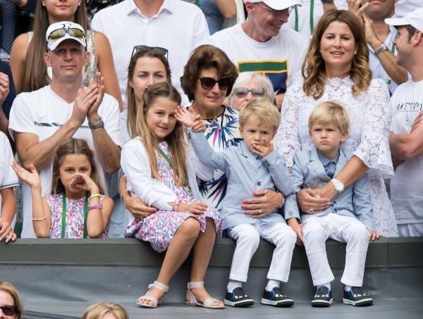 Roger Federer und Mirka vier Kinder bei großen Turnieren mit dabei