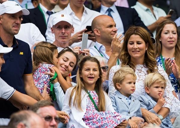 Roger Federer und Mirka vier Kinder bei großen Turnieren