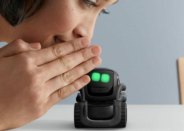 anki vector smart home roboter unterhaltung