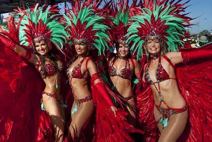 bilder aus trinidad und tobago karnavlskostüme