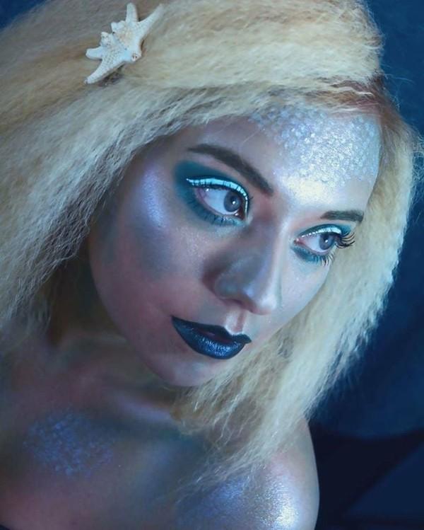 blonde meerjungfrau schminken zum karneval