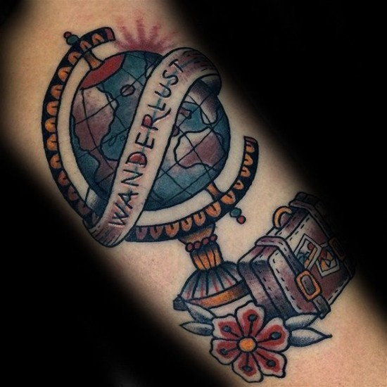 bunte wanderlust tattoo ideen