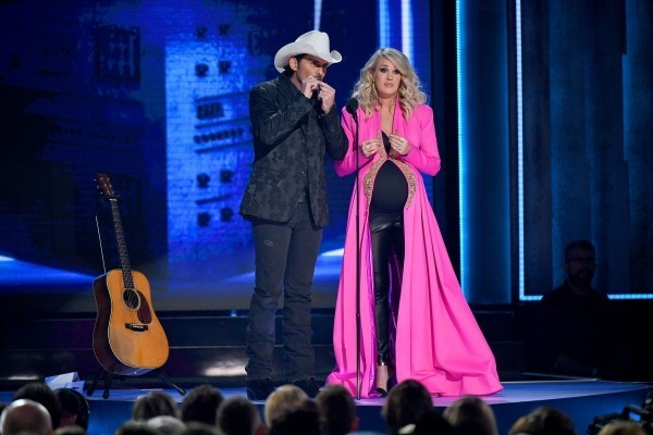cma 2018 mit carrie underwood