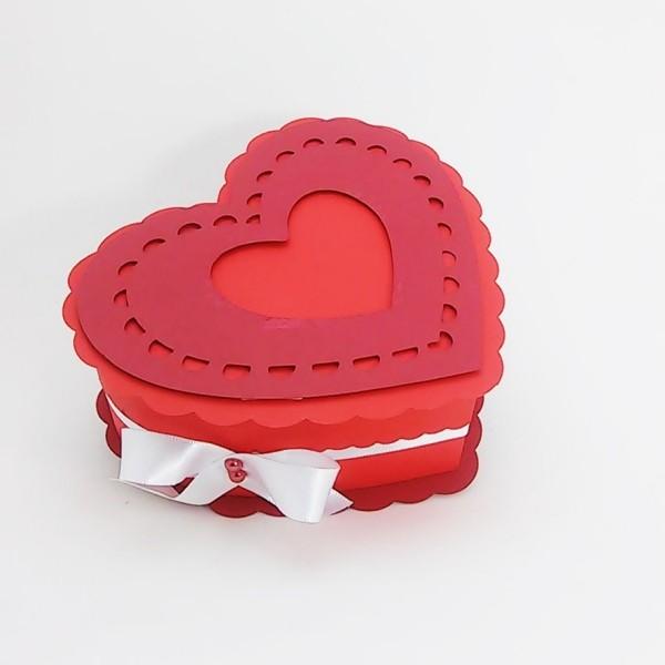 diy geschenkbox wie ein herz valentinstag ideen