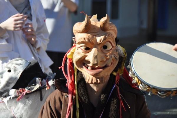 karnevalskostüme ideen abschreckende maske
