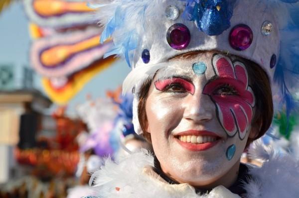 karnevalskostüme ideen frau blume gesicht