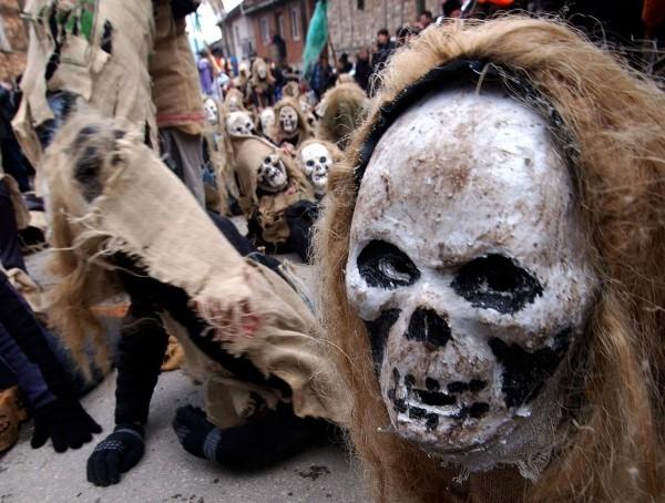 karnevalskostüme ideen skelett gruselig