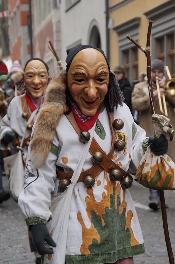 karnevalskostüme ideen verschiedene personagen