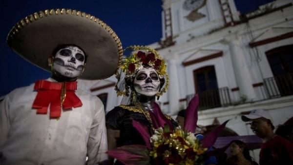 mitten in venedig karnevalskostüme ideen