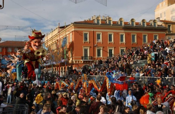 nice strßenbild karnevalskostüme ideen