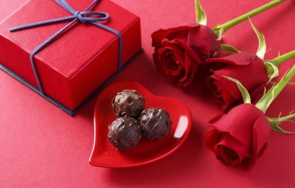 rote farbe und schockolade valentinstag ideen