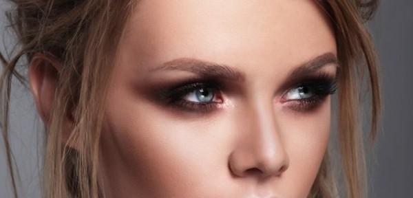 schokoladige smokey eyes schminken