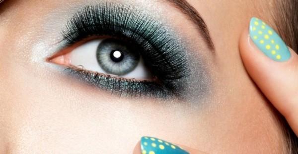 smokey eyes für schlupflider richtig schminken