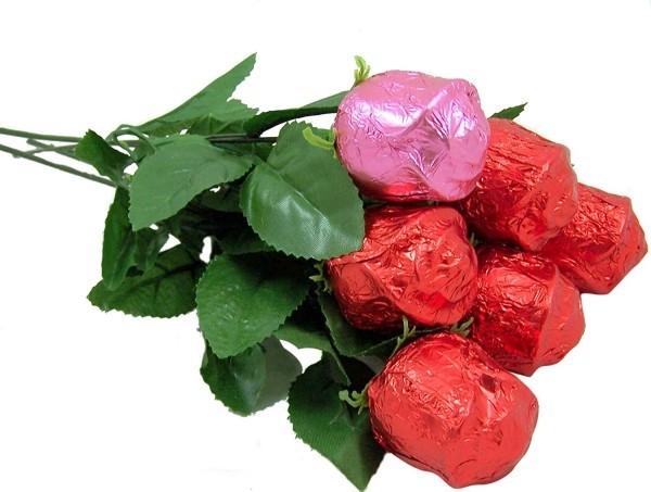 valentinstag ideen pralinen rosen