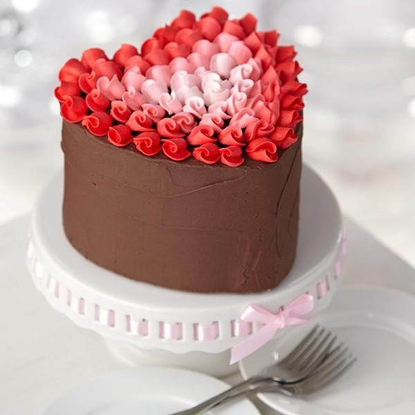 valentinstag ideen sehr hohe torte
