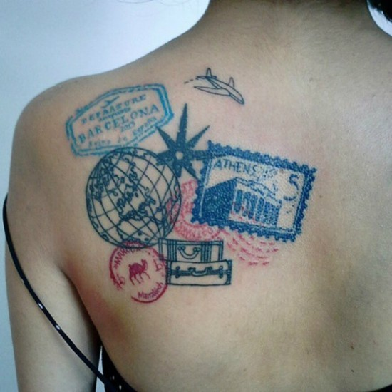 wanderlust tattoo ideen rücken briefmarken