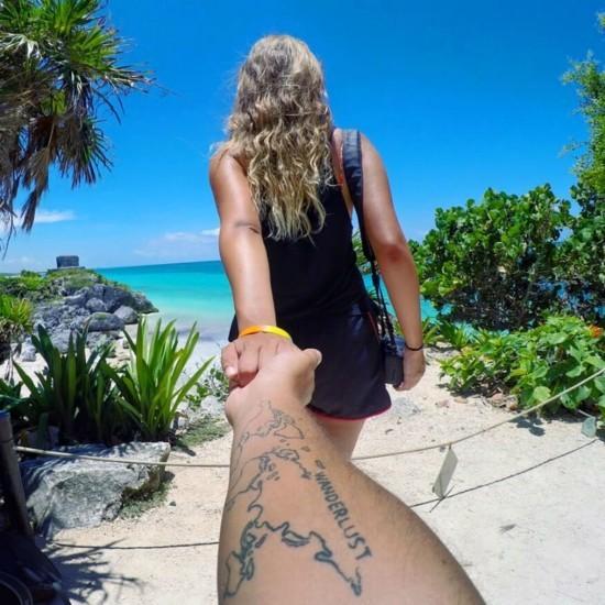 wanderlust tattoo ideen unterarm weltkarte