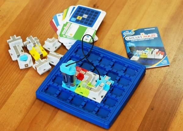 8 originelle Hi-Tech Geschenke für Kinder ab 3 Jahren thinkfun brettspiel zum lernen mit herausforderungen