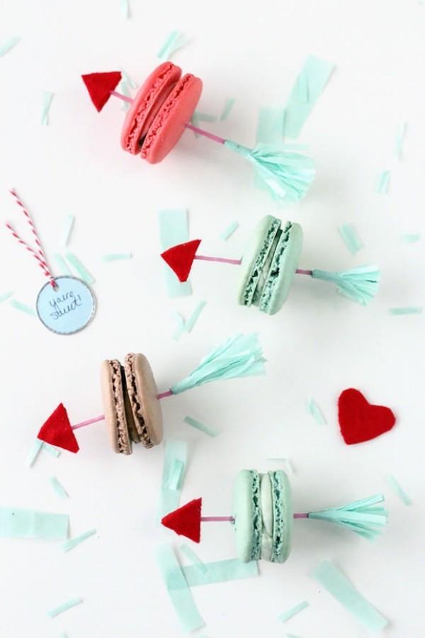 Bunt gefärbte Süßigkeiten Valentinstag