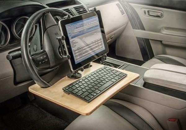 Die besten Auto Gadgets 2019, die für mehr Sicherheit und Komfortunterwegs sorgen wheelmate extreme auto schreibtisch holz