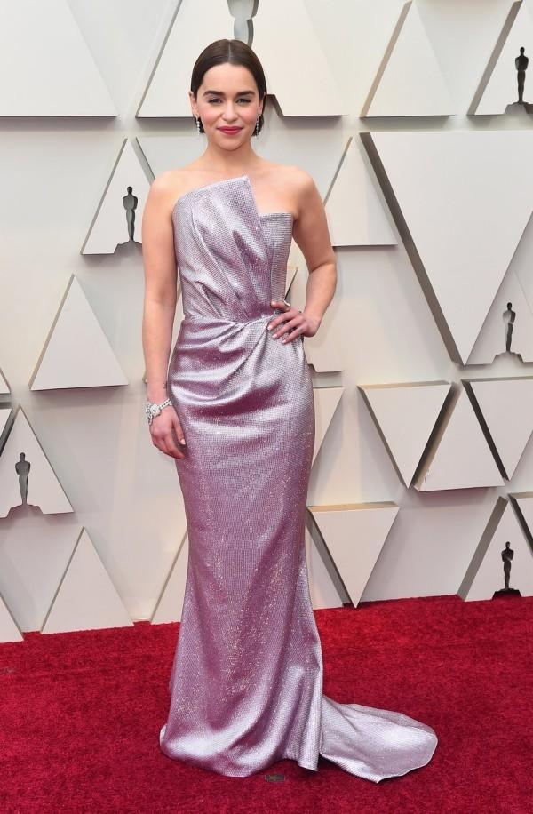 Die besten Outfits bei den Oscars 2019 Emilia Clarke in Lavendel