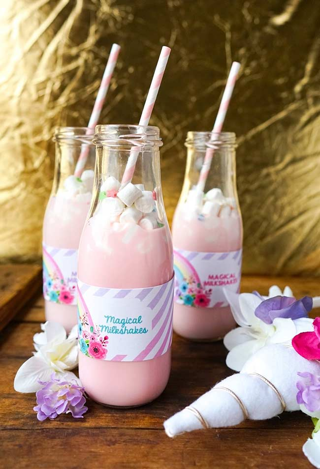Einhorn bastelideen Flaschen mit einem Rosa Getränk