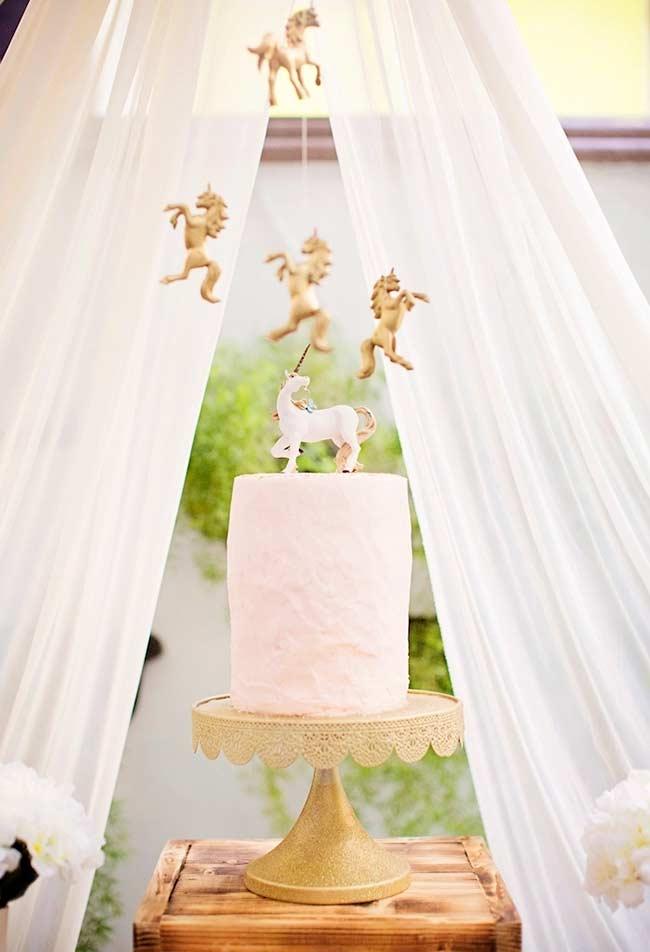 Einhorn bastelideen Kuchen hinter einem Schleier