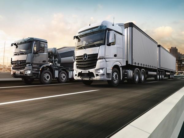 Erste autonom selbstfahrende Autos kommen noch 2019 auf den Markt arocs von mercedes benz lkws