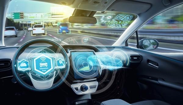 Erste autonom selbstfahrende Autos kommen noch 2019 auf den Markt futurismus in der autoindrustrie