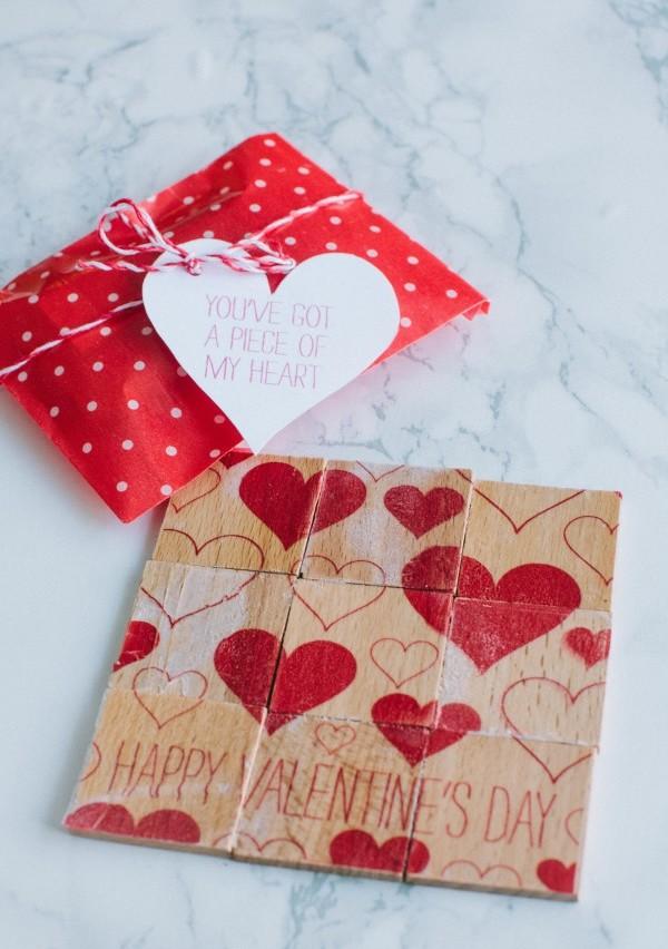 Geschenkpapier mit Herzen Valentinstag