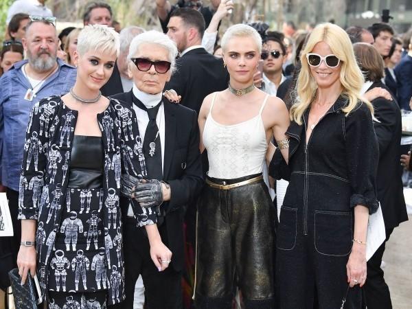 Karl Lagerfeld beliebt bei Models und Stars