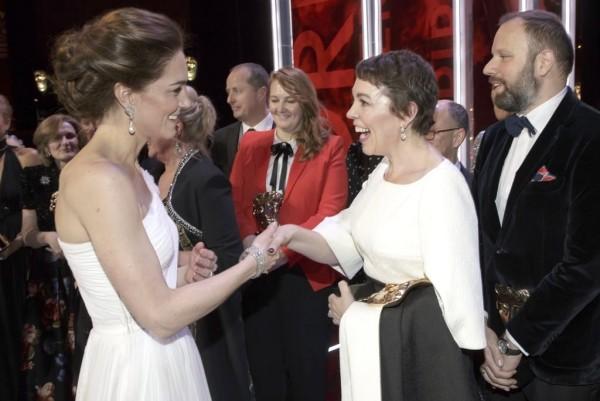 Kate Middleton gratuliert der Filmpreisträgerin Olivia Colman