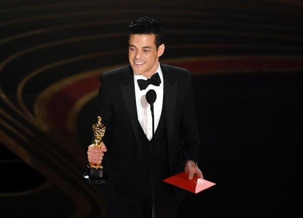 Oscars 2019 Rami Malek mit dem Preis