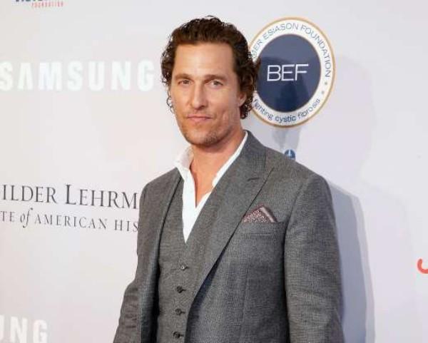 Prominente 50 Jahre alt Matthew McConaughey Star in Kinohit The Wolf of Wall Street