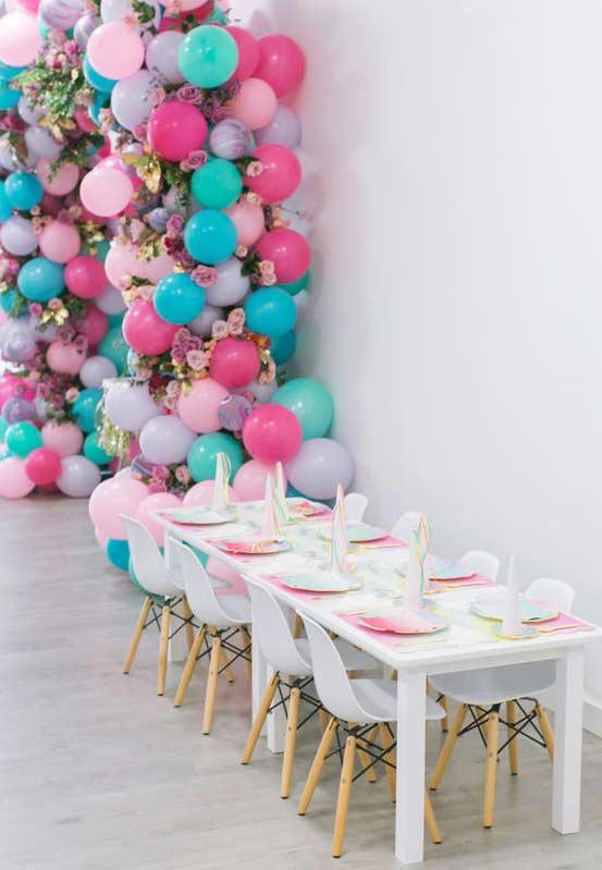Tisch an der Wand Einhorn bastelideen
