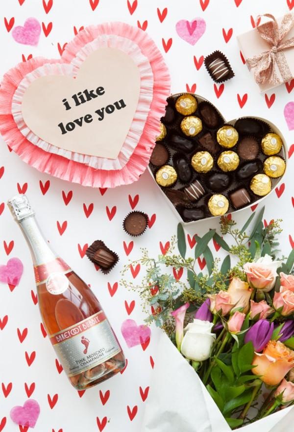 Valentinstag Herzen, Sekt und andere Ideen