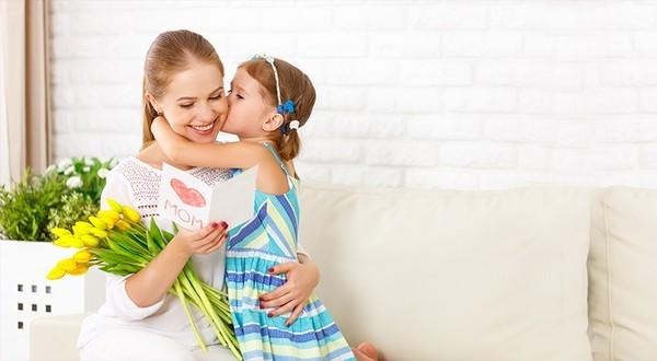 Wunderschöne personalisierte Geschenke zum Muttertag mutti mit tochter