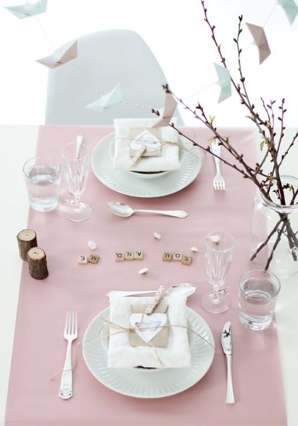 ein toller Tisch in Rosa Valentinstag