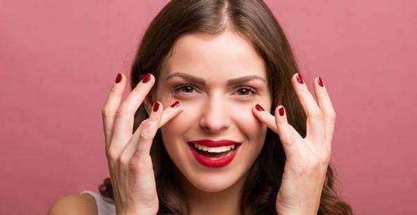 geschwollene augen make up tipps