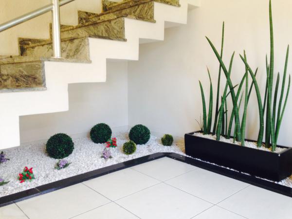kleine tolle Pflanzen Treppenhaus