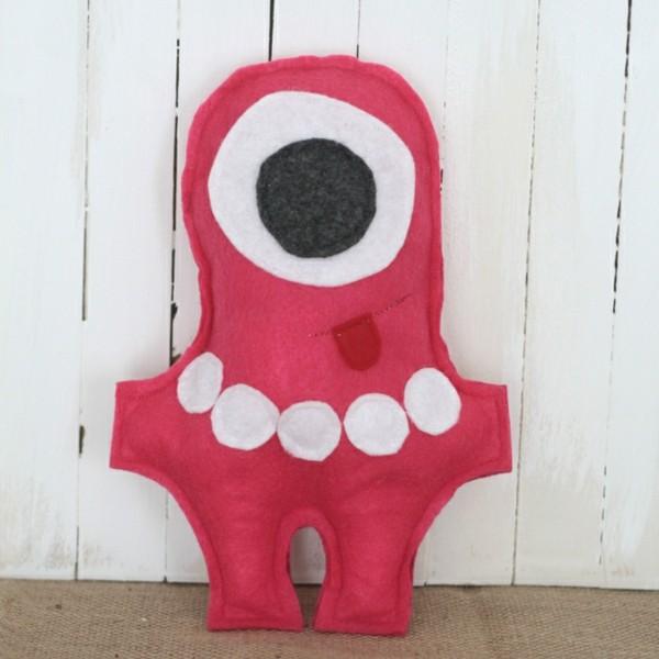 Babyspielzeug selber nähen Filz Figuren